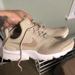 Shoes - Nike shoe